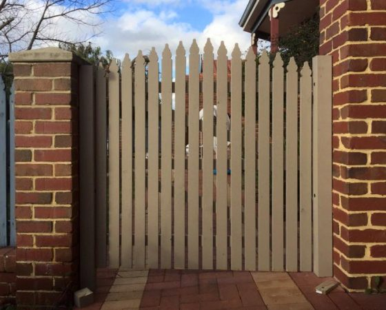 Picket Gate in Canning Vale